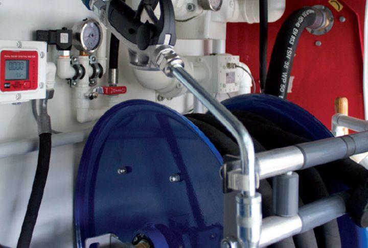 Lube fuel skids: Kühlwasser Zapfpistole
