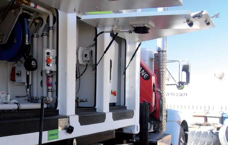Lube fuel skids: Öle und Kühlwasser wechseln