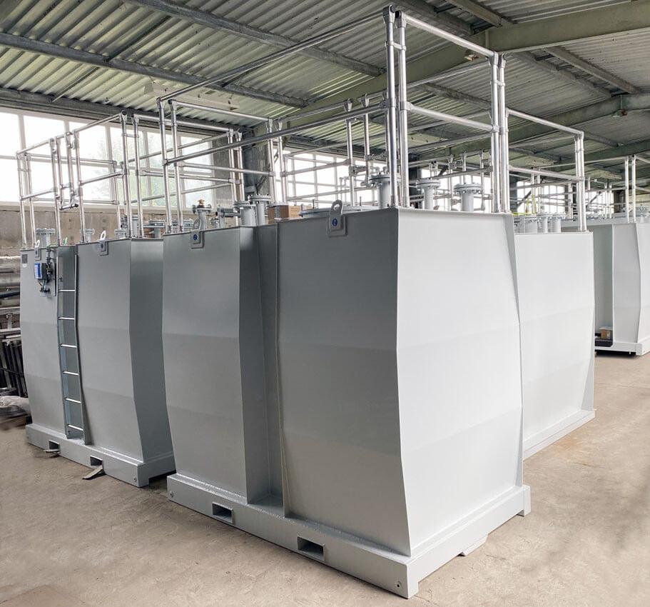 Doppelwandige Maschinentanks für Gaskraftwerke